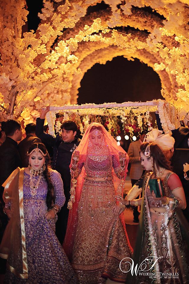 candid wedding photography-13