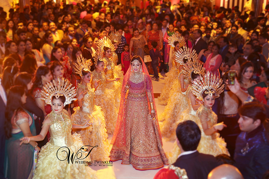 candid wedding photography-24