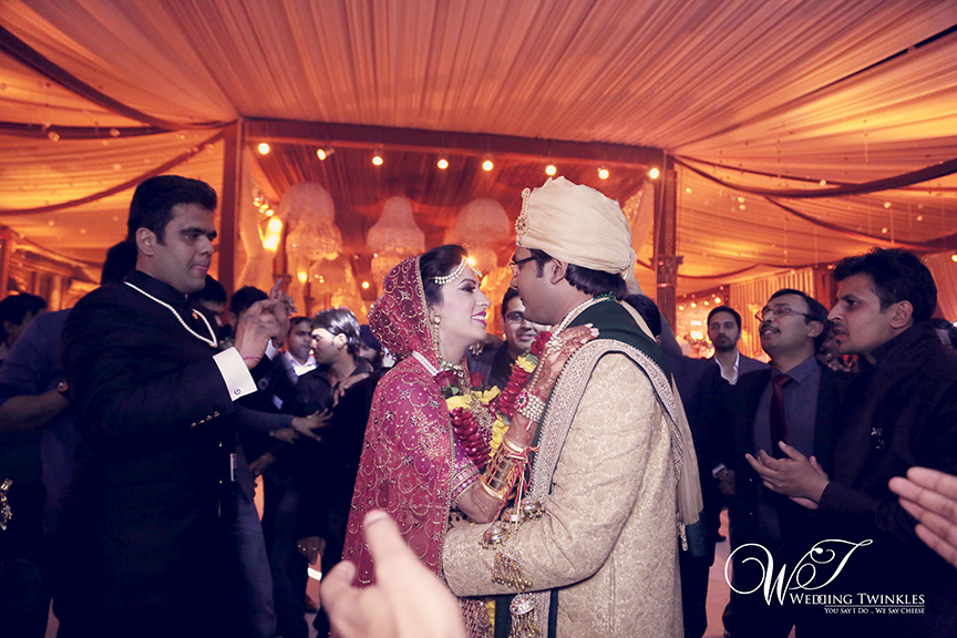 candid wedding photography-29