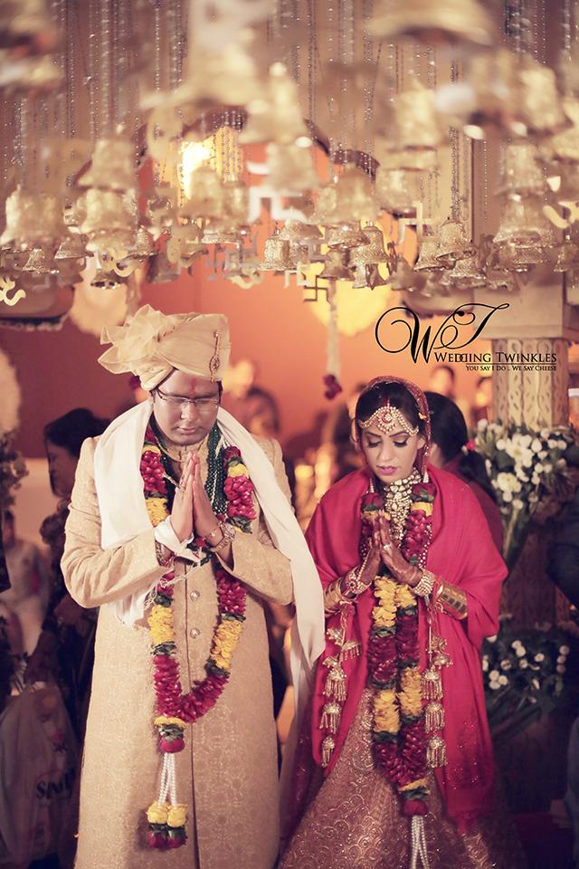 candid wedding photography-43