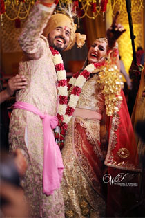 Professional Wedding Photographers in Noida
