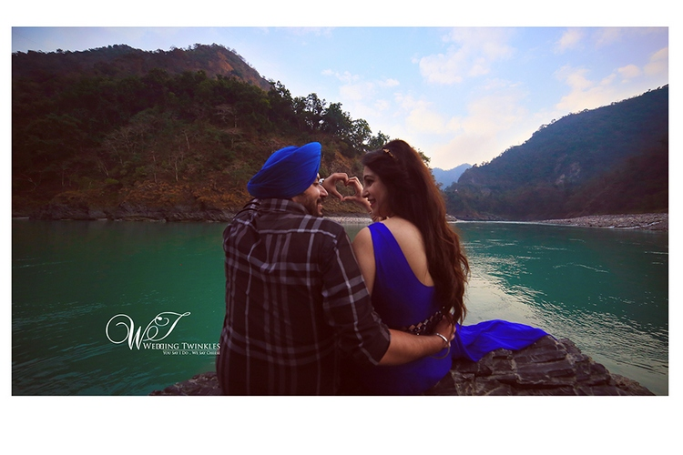 pre wedding photos ideas in Haridwar